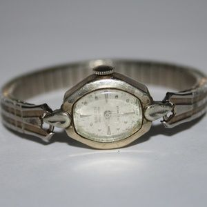 Vintage working Gruen Womans watch 10k rg